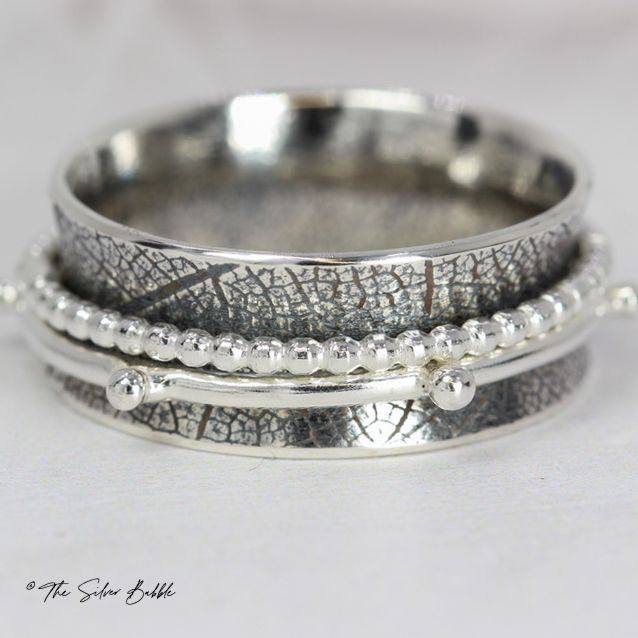 Leafy Spinner Ring - silver