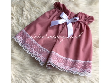 DUSKY PINK LACEY SHORTS
