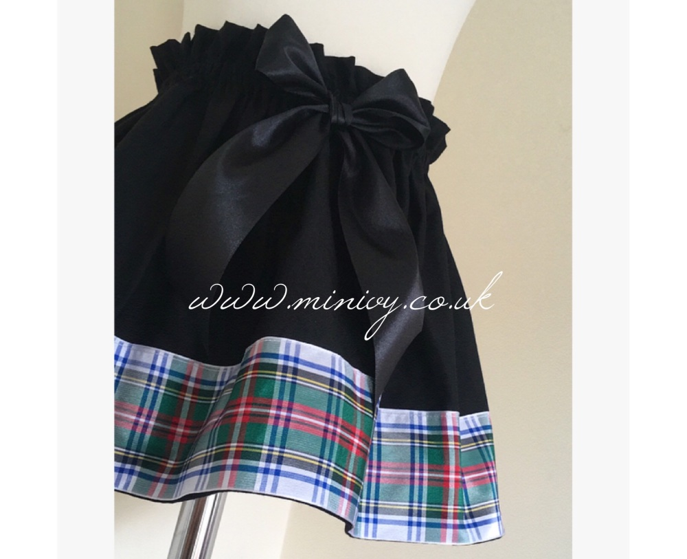 0/6M - BLACK/TARTAN TRIM SKIRT