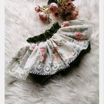 FOREST FLORAL PEPLUM BLOOMS