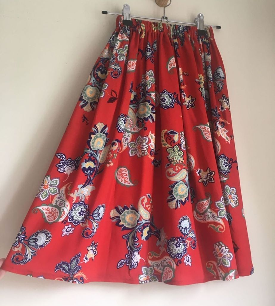 3/4Y - RED PAISLEY MAXI SKIRT