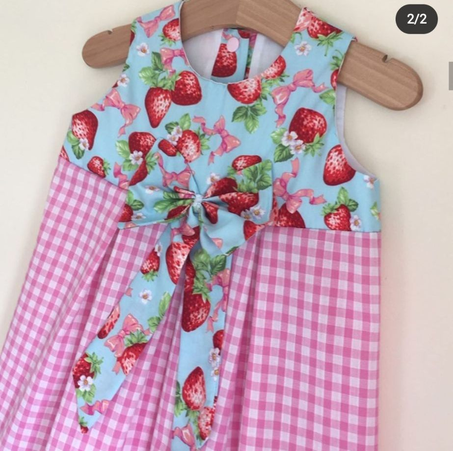 2/3Y - STRAWBERRY GINGHAM DRESS