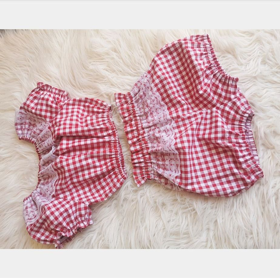 4/5Y DAINTY CROP / BLOOMS SET - RED GINGHAM  RRP-£21