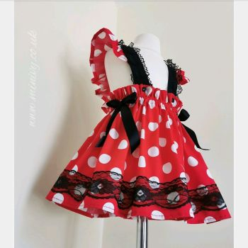 MINNIE RUFFLE LACE PINNY