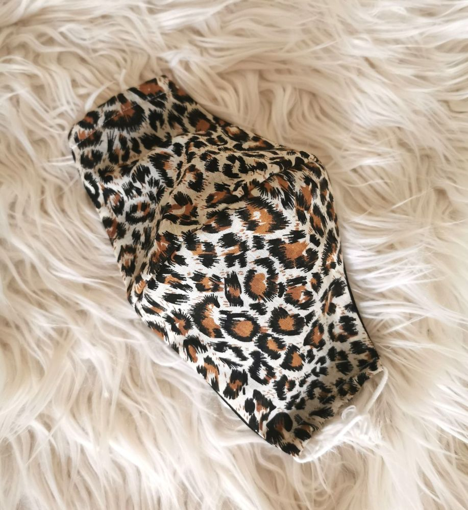 ANIMAL PRINT FACE COVERING - ADULTS