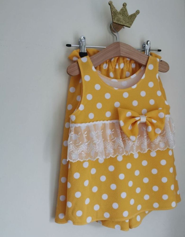 4/5Y - CULOTTES LOUNGE SET - GOLDEN YELLOW POLKA