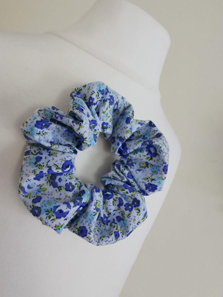 HAIR SCRUNCHIES - BLUE MEADOW