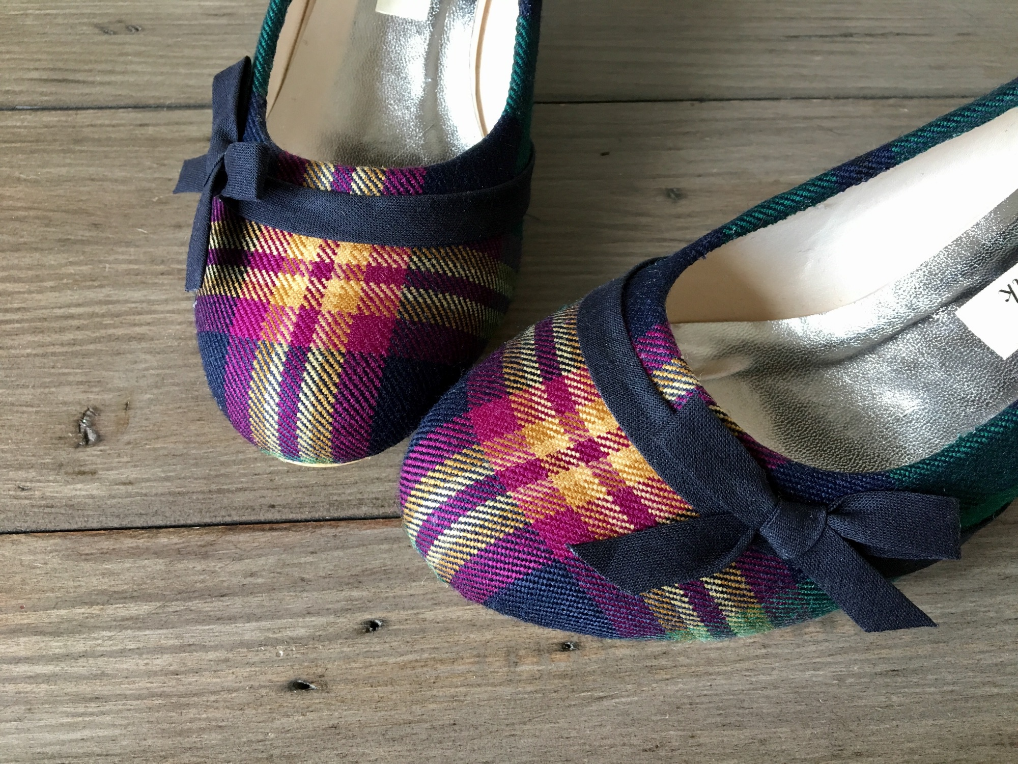 custom purple tartan shoes with navy bows made by Lace and Love
