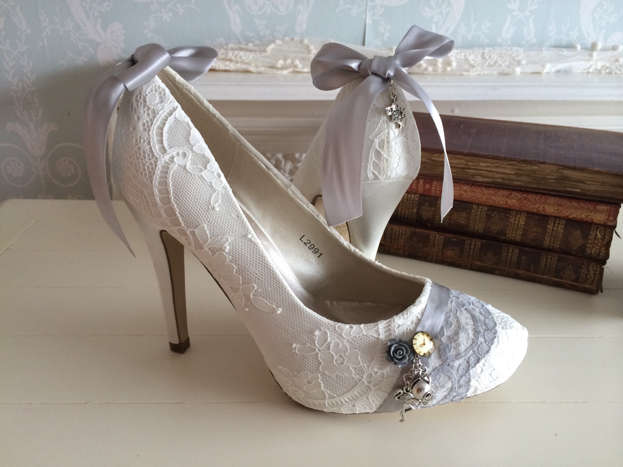 Alice in wonderland inspired shoes. Lace shoes with charms by Lace and Love