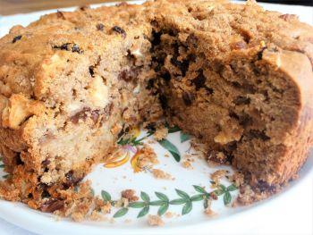 Medium 8 Inch Dorset Apple Cake