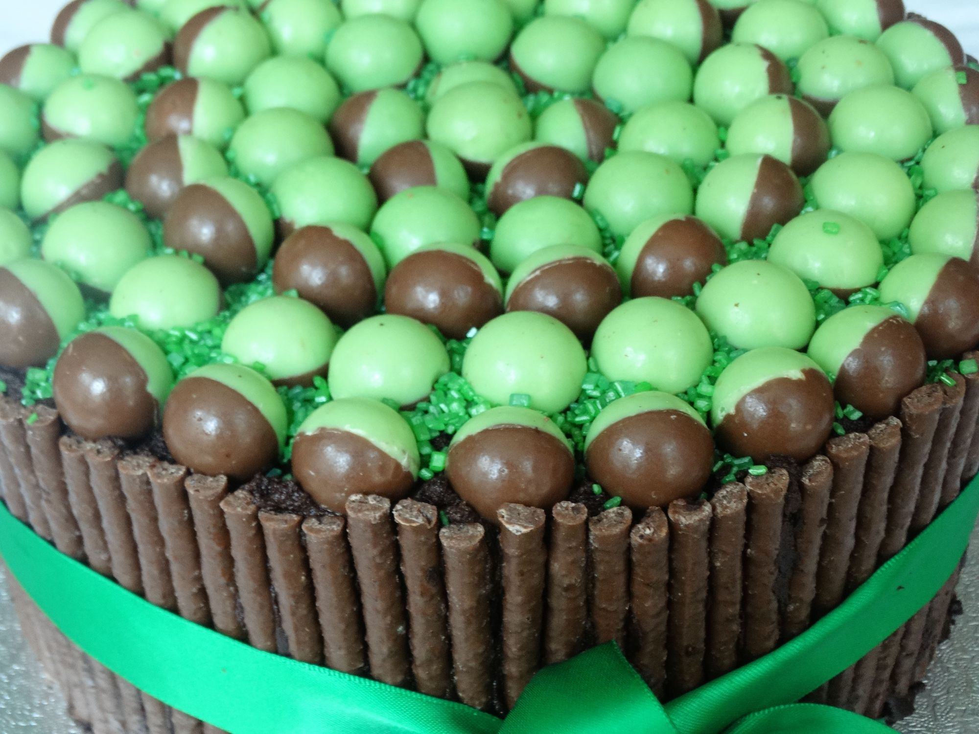 Mint And Chocolate Fudge Birthday Cake