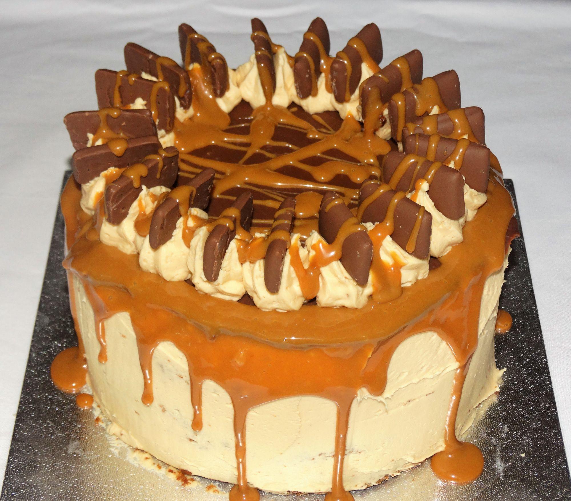 Diam Bar Layer Cake