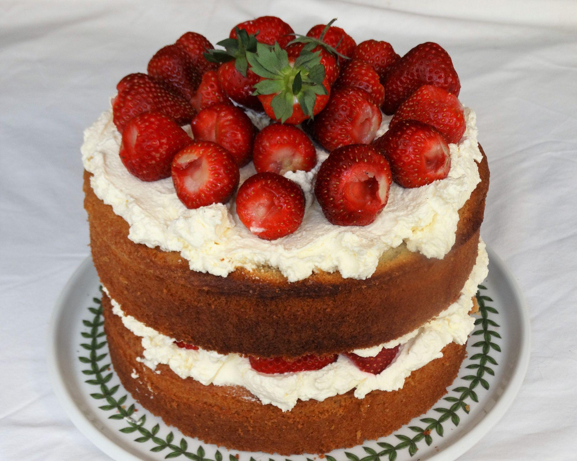 Strawberry and Whipped Cream Sponge Cake
