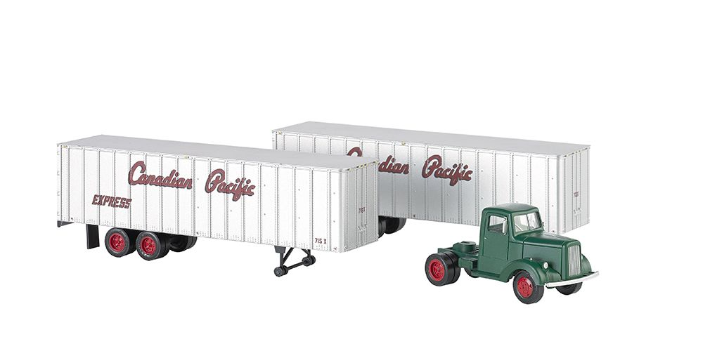 Canadian Pacific - Green Truck Cab & 2 Piggyback Trailers (HO)