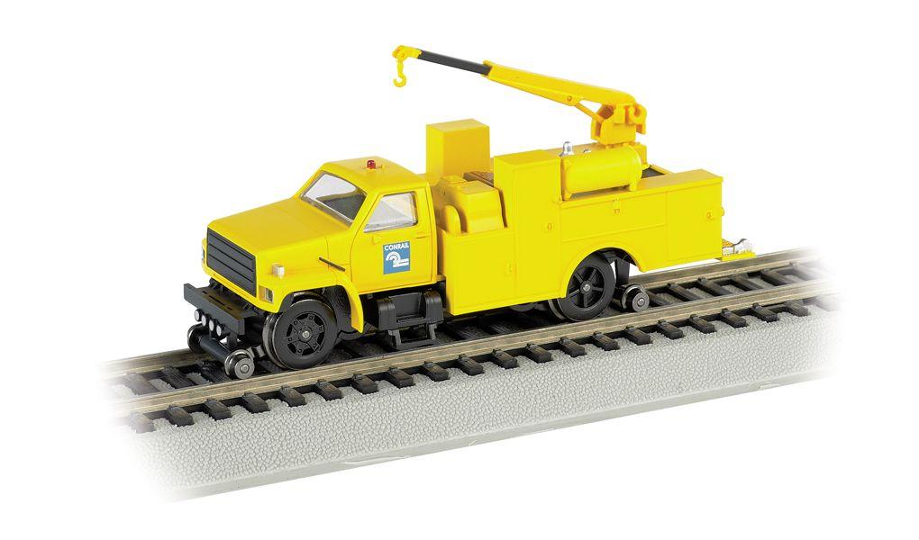 Conrail (Yellow) - Hi-rail Equipment Truck w/ crane - DCC (HO)