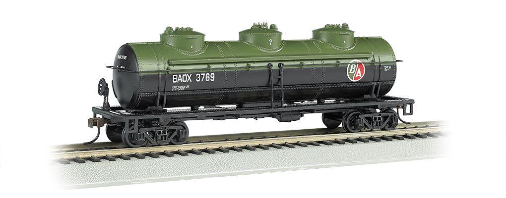 British American Oil #BAOX 3769 - 40' Three Dome Tank Car (HO)
