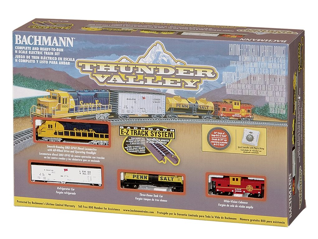 Thunder Valley Freight Set/SF GP40 (N GAUGE)
