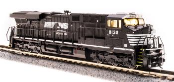 GE ES44AC, NS 8134, Black & White, Paragon3 Sound/DC/DCC