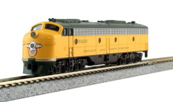 "EMD E8A Chicago & North Western  #5022 for ""400"" Train Service w/ ESU LokSound DCC"