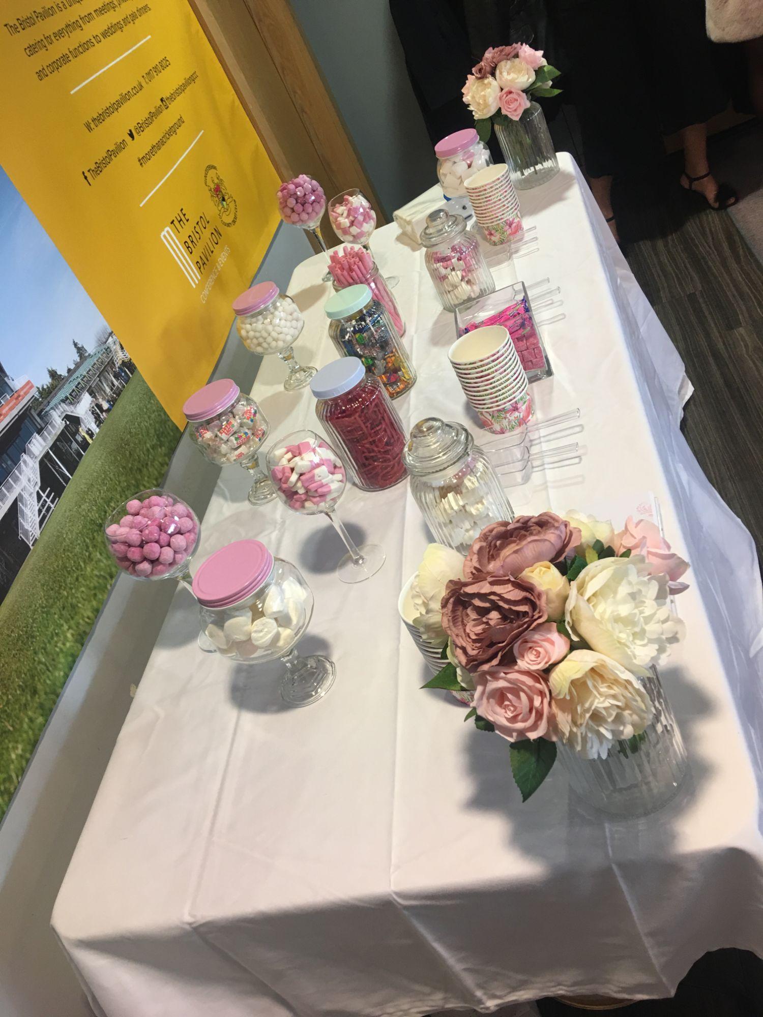Sweet table Vases