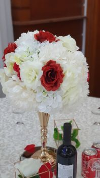 Gold Flower Vase Stand