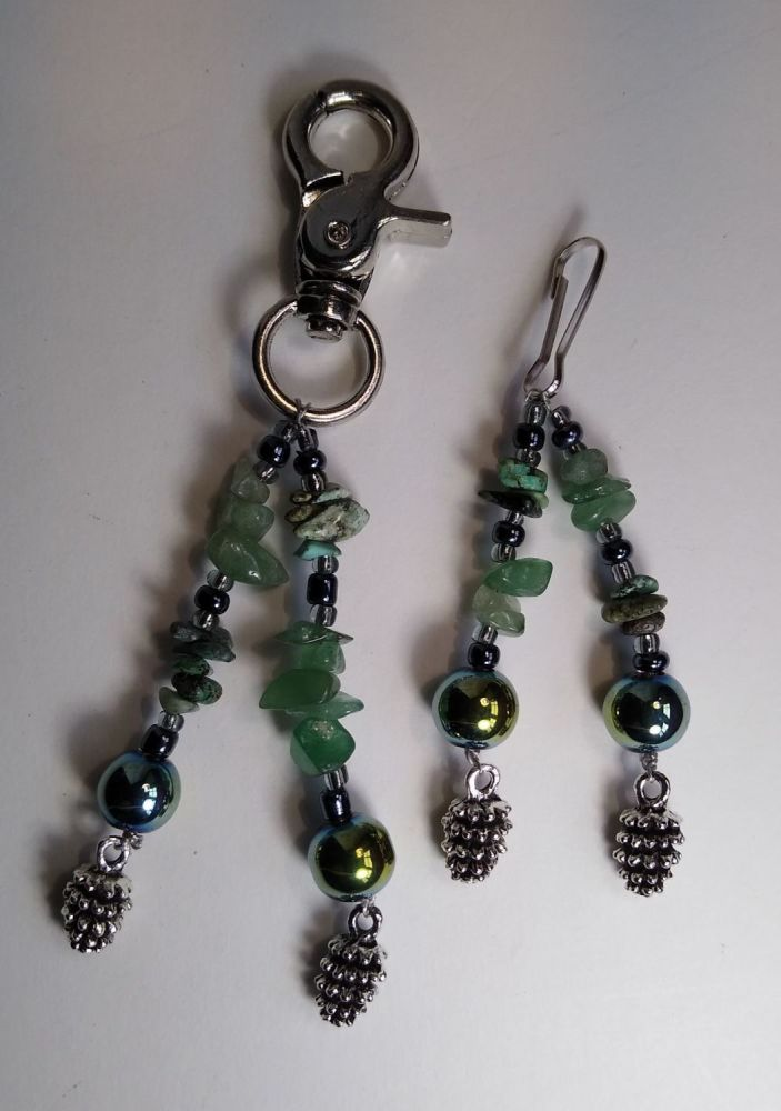 PINE CONES HEADCOLLAR AND BRIDLE CHARMS.