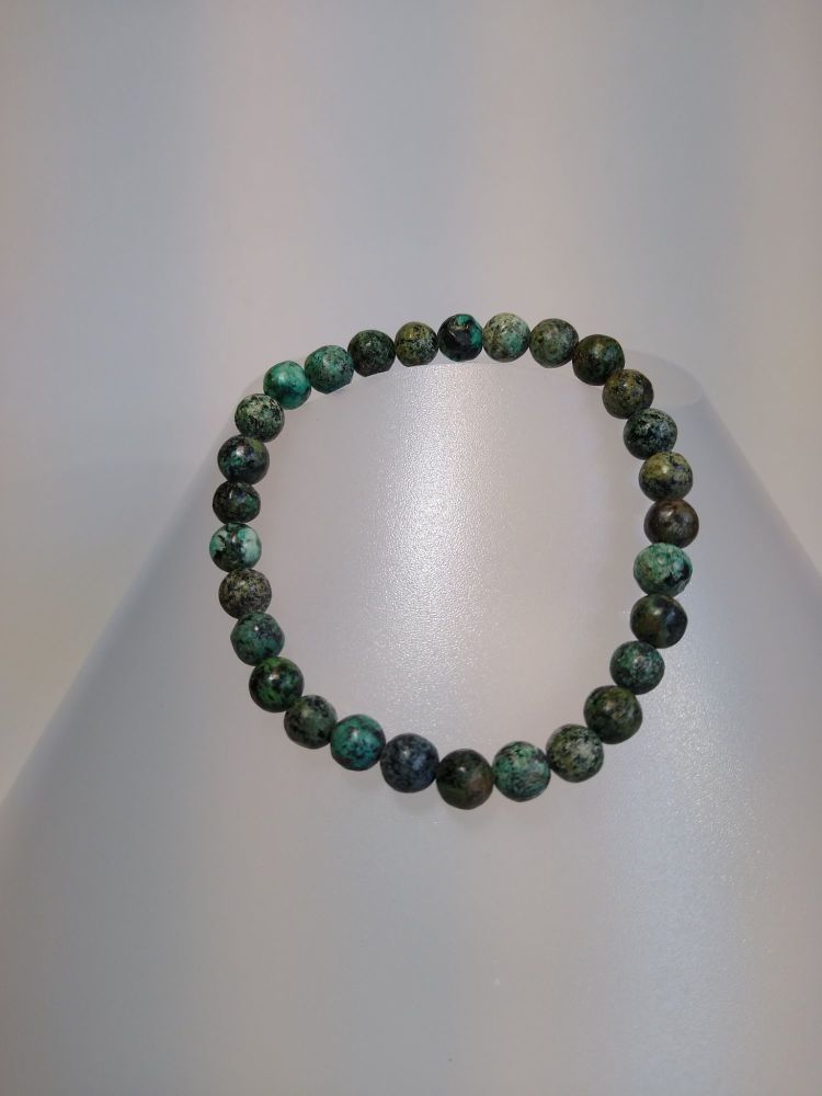 Mind Body Connection. Stretch Bracelet Green Turquoise.