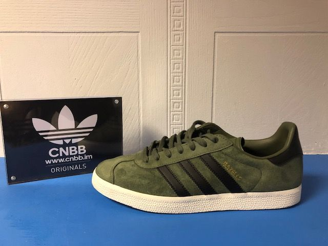 adidas Gazelle Green and Black Suede Trainers SIze 8.5