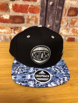 adidas New York Knicks Official NBA Snap Back Cap Navy and Sky
