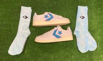 Converse Pro Leather Ladies Retro Trainers White and Blue Size 5.5 & Free Custom Converse Socks