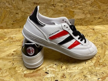 adidas  Custom Paolo Maldini  Tribute Trainers Size 9