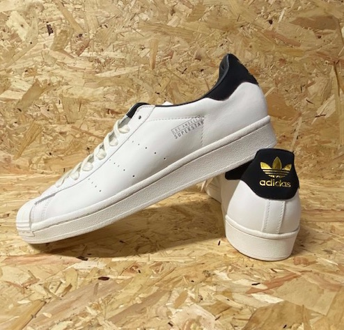 adidas Superstar Pure Los Angeles Trainers White & Black Size 10