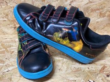 adidas Originals Tron Velcro Trainers Black Size 9