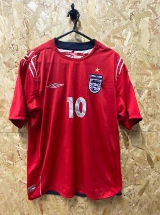 2004/06  Umbro England  Away Shirt Red Owen Size Large
