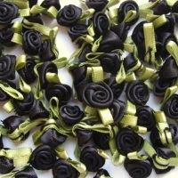 Mini Satin Ribbon Roses With Leaf 25mm - Black