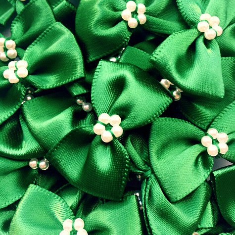 Satin Ribbon Bow Ties With Pearl Centre 3.5cm - Green