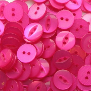 Round Fish Eye Buttons Size 22 - Cerise Pink