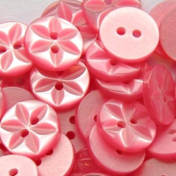 Round Star Buttons Size 18 - Dusky Pink