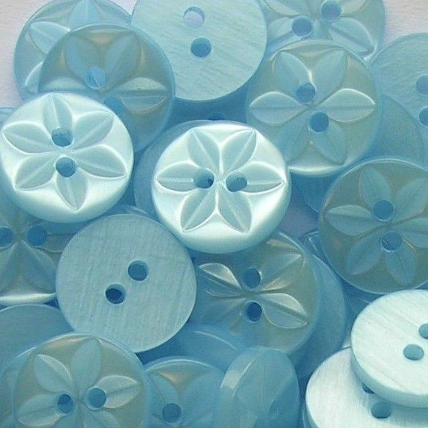 Round Star Buttons Size 22 - Baby Blue