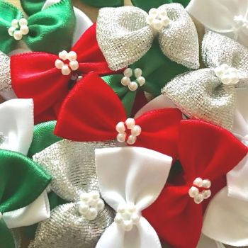 Satin Ribbon Bow Ties With Pearl Centre 3.5cm - Christmas Mix