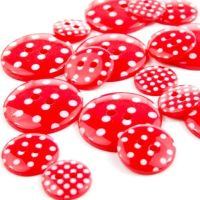 Round Spotty Buttons Size 20 - Red & White
