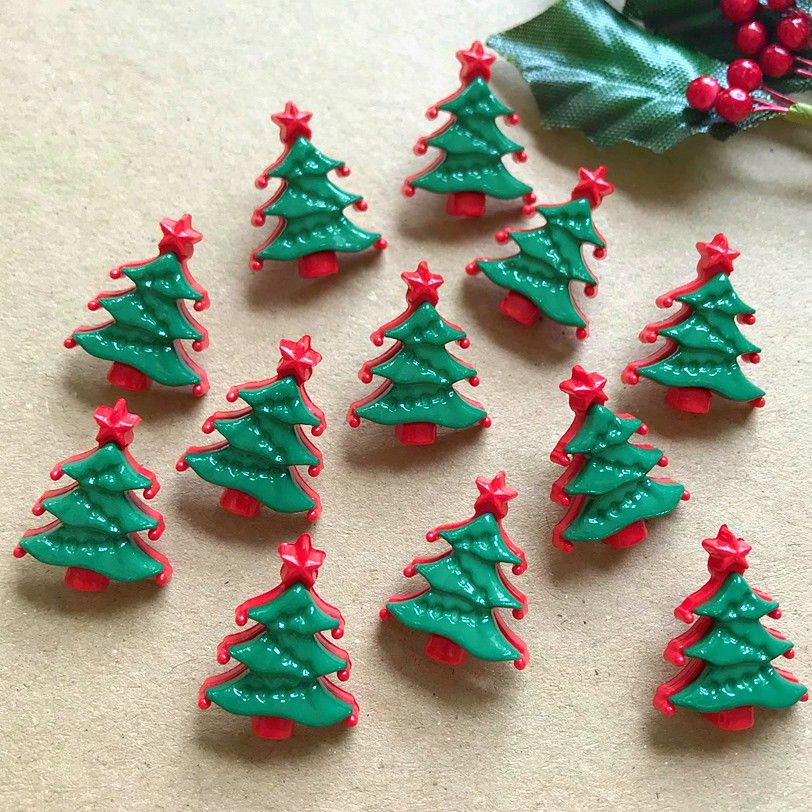 Novelty Christmas Tree Buttons 22mm