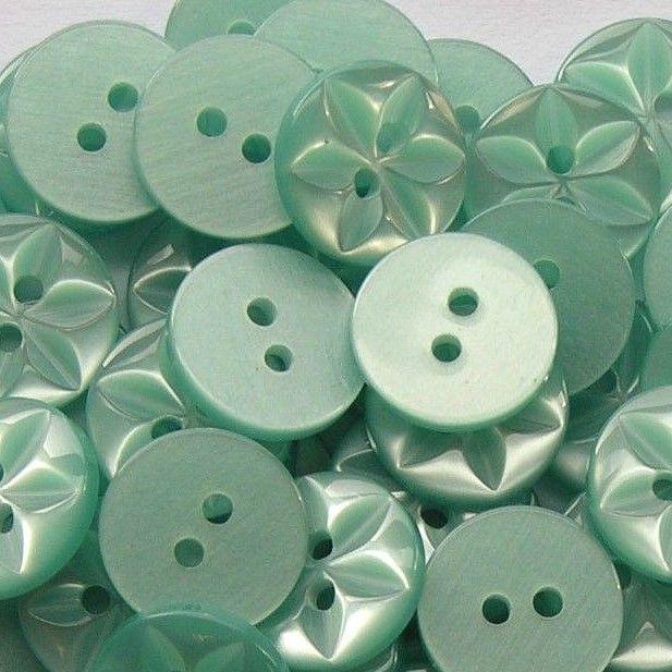 Round Star Buttons Size 26 - Aqua