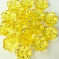 Clear Flower Buttons Yellow - 15mm