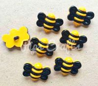 New Large Bumble Bee Buttons - 25mm