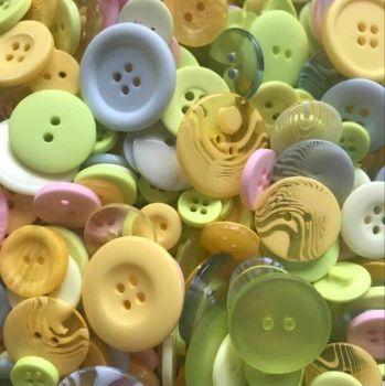 100 Assorted Mixed Summer Fresh Colour Buttons