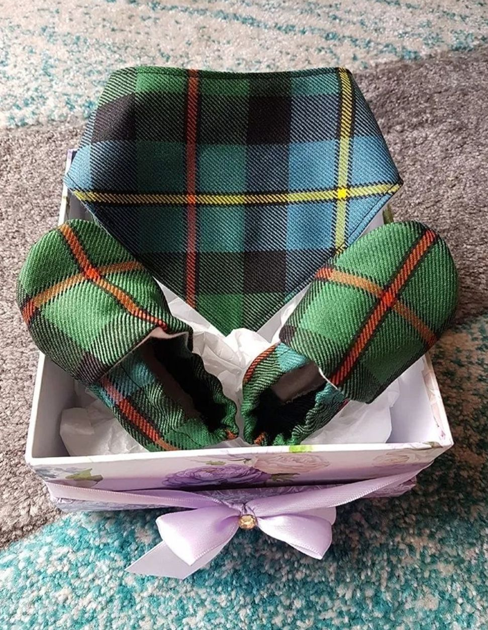 Tartan baby slippers and bib. A new clan member, new born gift idea