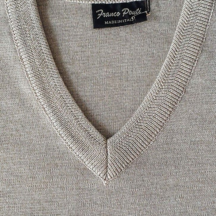Franco Ponti  Merino Wool Blend V Neck Sweater - Fawn