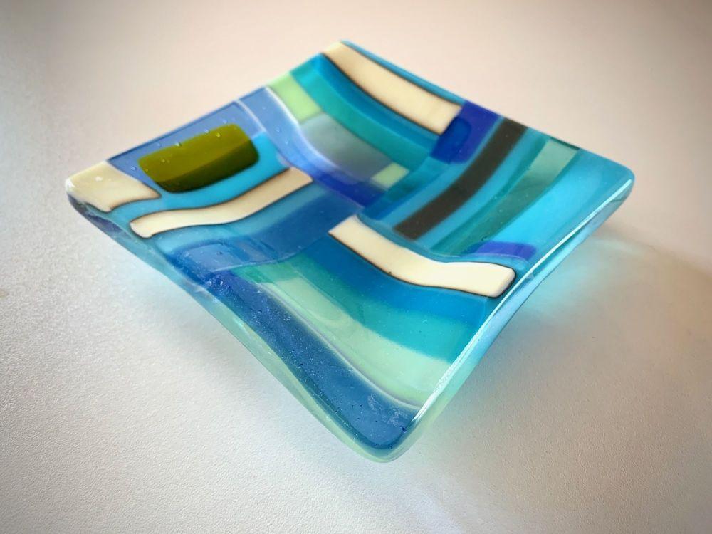 'Aqua Sea' Coastal Quarters Glass Plate