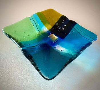 ' Scattering Blue '  12x12cm Glass Plate